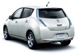 nissan-leaf-elektromobil-autopujcovna-praha